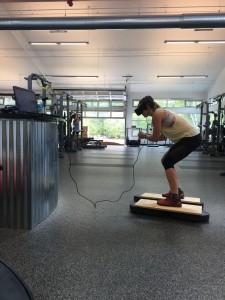 Sportista treniņš ar VR brillēm