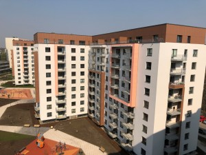 Daudzdzīvokļu nams
